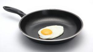 油無薄焼き玉子が息ではがれるダイヤモンドコートフライパン